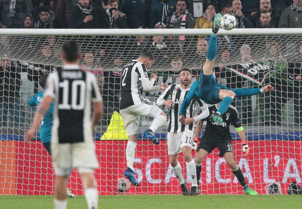 La Credenza Ronaldo : Quel gesto da poesia di cristiano ronaldo ruggero marino
